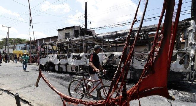 Estado entra em seu 10º dia de ataques liderados por facções criminosas