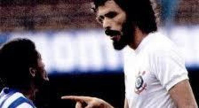 Jorginho X Sócrates, triunfo do Corinthians, 2 X 1, em 1983