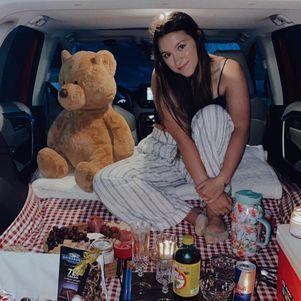 Sofia fez foto do piquenique no carro