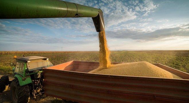 Brasil e EUA são ferrenhos concorrentes no comércio exterior, disputando commodities e petróleo
