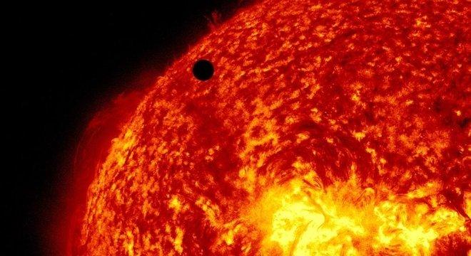 A sonda Parker não pode enviar foto do Sol à Terra porque sua câmera derreteria ao mirar a estrela