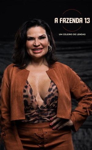 Solange Gomes (): 48 anosEscritora e colunistaNasceu e mora no Rio de Janeiro (RJ)