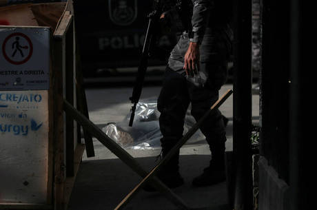 Invasão iniciou tiroteio que matou duas pessoas no Rio