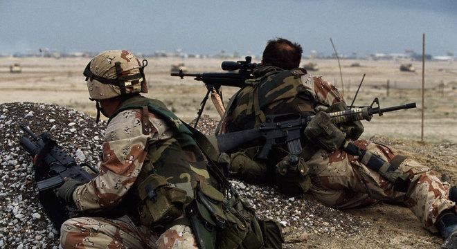 A tecnologia GPS foi extremamente útil para soldados aliados durante a ofensiva terrestre da Guerra do Golfo contra o Kuwait