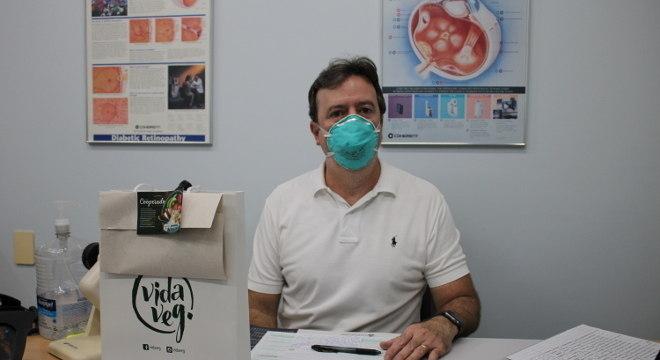 Profissionais de saúde receberam kits de produtos veganos