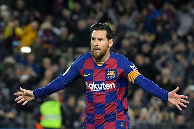 Soma do faturamento anual de Messi: 92 milhões de dólares de salário + 34 milhões de dólares de patrocínios