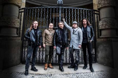 Banda de metal Sonata Arctica se apresenta no Brasil em abril
