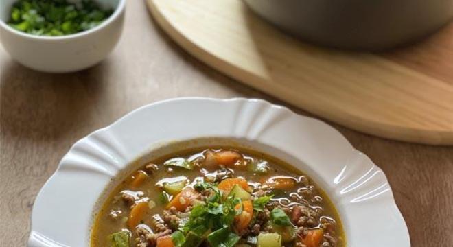 Sopa de Legumes com Carne Moída