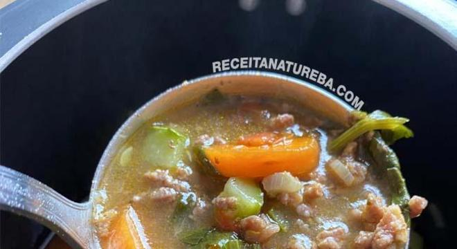 Sopa de Legumes com Carne Moída1