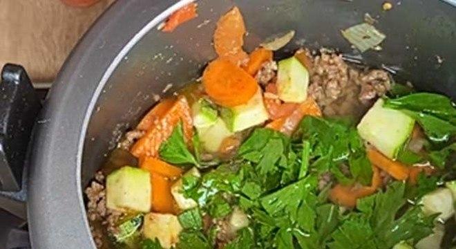 Sopa de Legumes com Carne Moída4