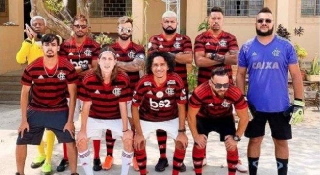 """Time dos sósias do Flamengo conta com """"estrelas do futebol"""""""