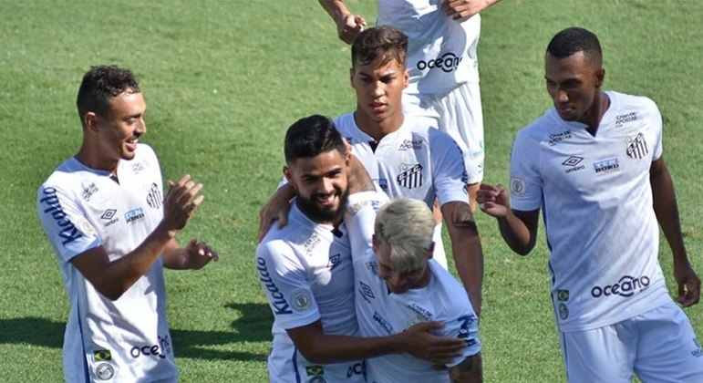 Soteldo fez um belo gol e abriu caminho para vitória do Santos
