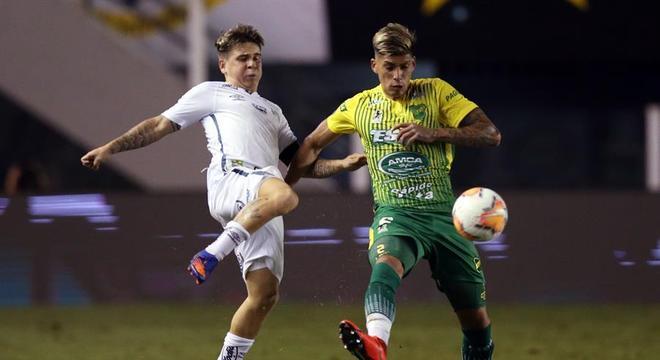 Soteldo ajudou o Santos a vencer o Defensa y Justicia