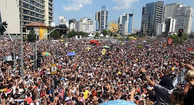 Cidade será palco de desfiles de 667 blocos
