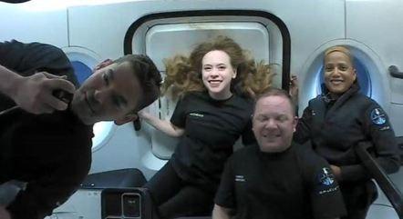 SpaceX lançou missão espacial composta apenas por civis