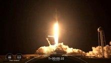 SpaceX lança com sucesso primeira missão orbital só com civis a bordo