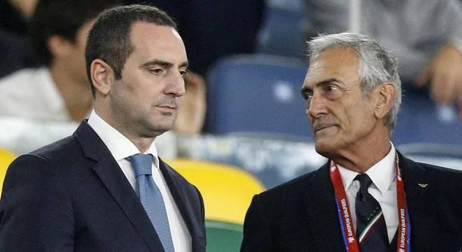 O ministro Spadafora e Gravina, da FIGC
