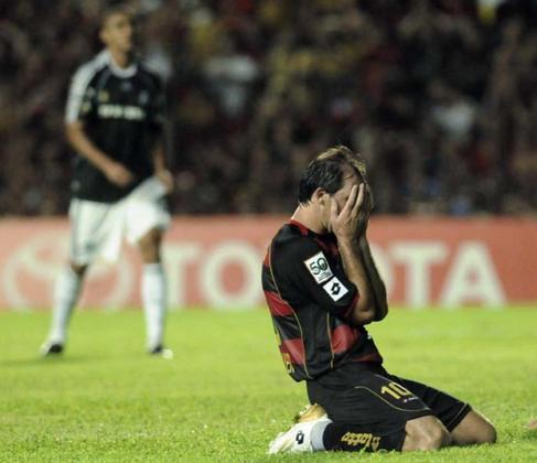 Sport: 3 vitórias- Ao longo de duas edições na Libertadores, o Sport superou Alianza Lima, Colo-Colo e LDU jogando fora de Recife