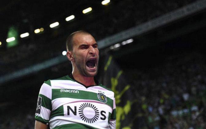 Sporting: Bas Dost – R$ 74 milhões - Contratado para ser o homem gol do Sporting, bas Dost logo se tornou o homem-gol do clube português e até a sua saída, mantinha uma média de gols por partida impressionante