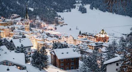 Cercada pelos Alpes Suíços, St. Moritz é uma das atrações do país