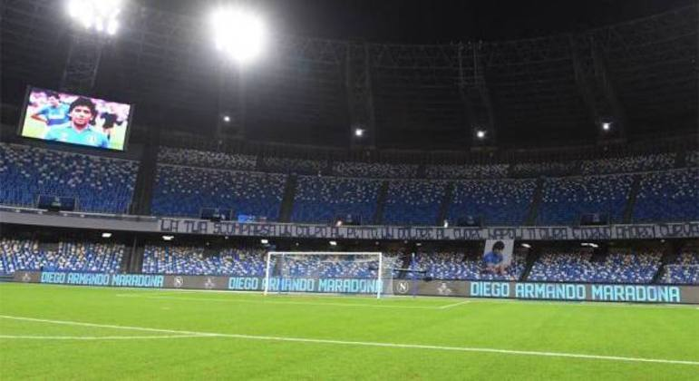 O Stadio Maradona, do Napoli