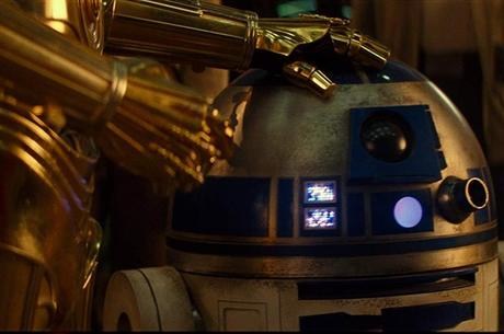 C3PO e R2D2 seguem como únicos presentes em toda a saga