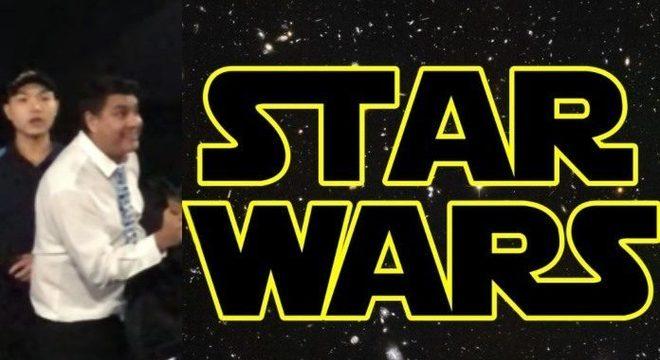 Fã de Star Wars surta ao ver homem usando celular no cinema; assista