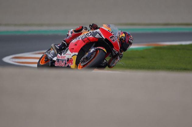 Stefan Bradl colocou sua Honda em 18º