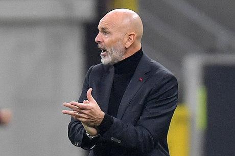 Milan, de Stefano Pioli, é o líder do Campeonato Italiano