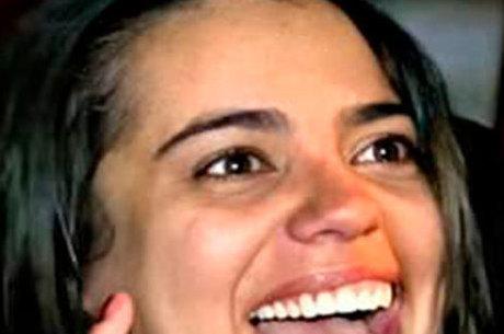 Conhecida pelo meme 'bêbada de Curitiba' Stephany Rosa faleceu de câncer de ovário