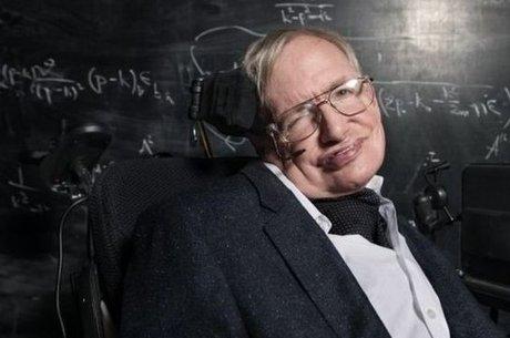 Hawking sofria desde jovem com a esclerose lateral amiotrófica