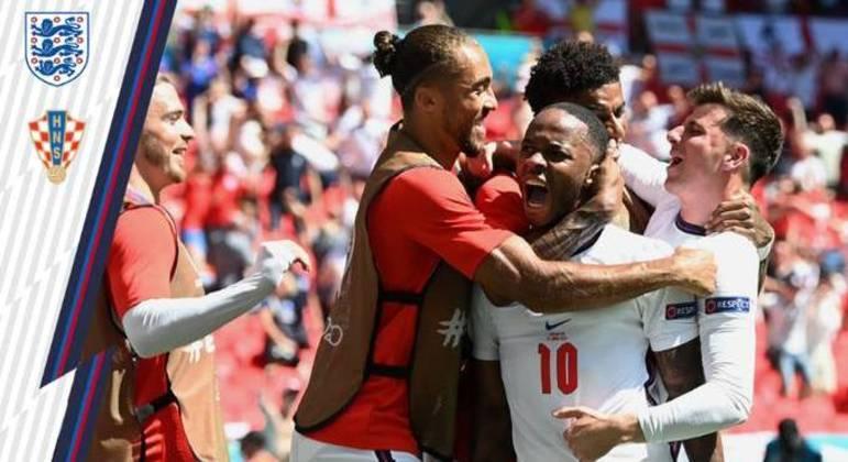 A celebração de Sterling, o autor do único gol de Inglaterra 1 X 0 Croácia
