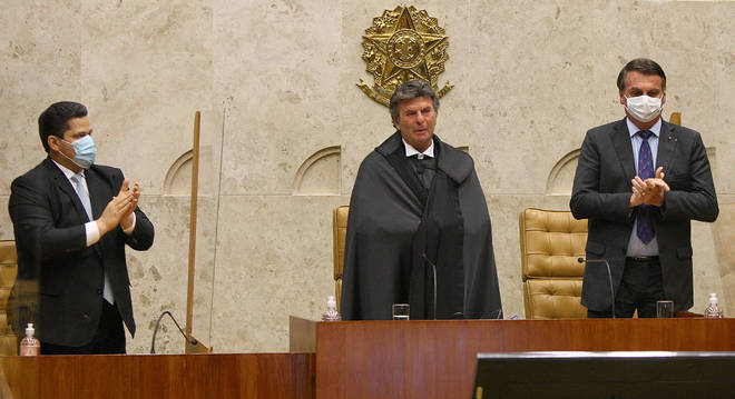 Presidente do STF, Luiz Fux, está com coronavírus e ficará isolado