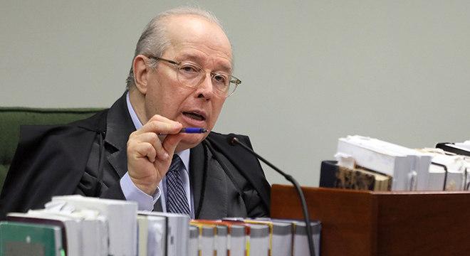 Mello determinou que se oficiem todos os ministros do STF sobre o fato