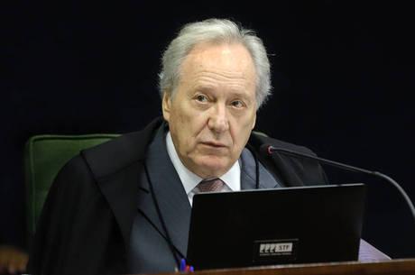 Lewandowski é o relator da ação no Supremo