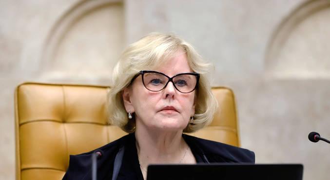 A ministra Rosa Weber, em sessão plenária por videoconferência