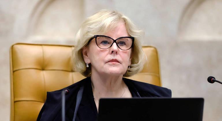 Ministra Rosa Weber deu 10 dia para Bolsonaro dar explicações sobre bloqueio de 65 jornalistas