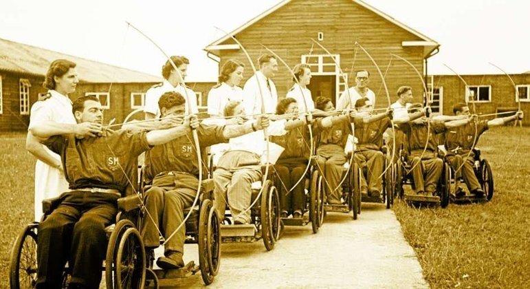 Lembrança dos Jogos de Stoke Mandeville. em 1948