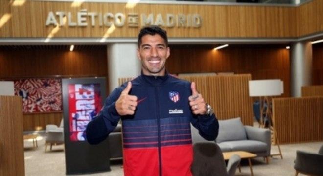 Suárez em seu primeiro dia no Atlético de Madrid