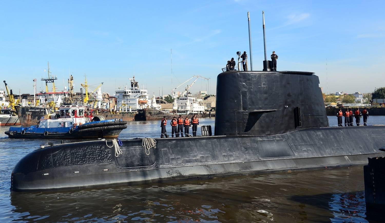 Há dúvida se corpos conseguirão ser retirados do submarino, diz jornal
