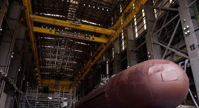 Marinha trabalha na construção do submarino Toneleiro no Complexo Naval e Industrial de Itaguaí (CNI)