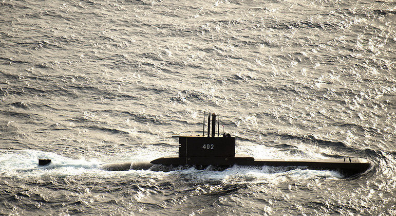 Submarino KRI Nanggala-402 desapareceu na mar do norte de Bali