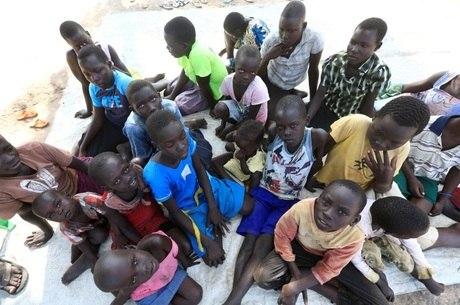 Cerca de 860 mil criaças estão em risco de desnutrição