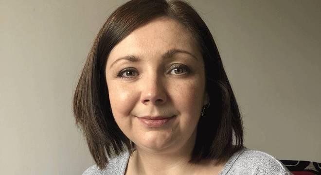 Sue não precisa mais de analgésicos diários (BBC NEWS BRASIL)