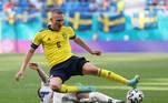 O dia na Euro foi aberto com a vitória sueca por 1 a 0 sobre a Eslováquia no Estádio São Petesburgo, na Rússia. O jogo, em sua maioria, não foi um espetáculo, mas surpreendeu no segundo tempo, quando as equipes conseguiram se organizar melhor