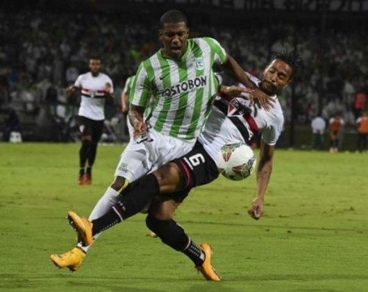 Sul-Americana 2014 - Pelo terceiro ano consecutivo, o São Paulo havia alcançado a semifinal da Sul-Americana. Sendo campeão em 2012 e eliminado na semi em 2013, o time enfrentou o Atlético Nacional, da Colômbia, e foi eliminado nos pênaltis, de forma dramática.