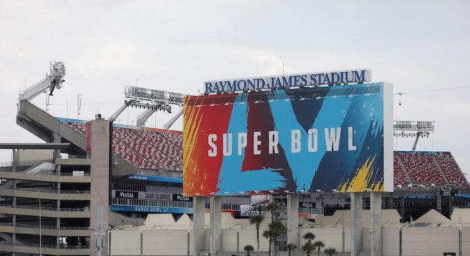 Buccaneers e Chiefs decidem edição de número 55 do Super Bowl neste domingo (7)