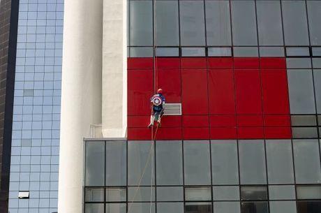 Super-heróis aparecerão em janela de hospital no Dia das Crianças