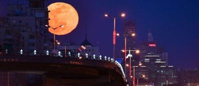 A superlua poderá ser vista de março a maio, durante as fases da lua cheia