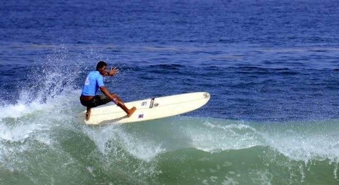 Roupa térmica no surfe pode melhorar o desempenho do atleta